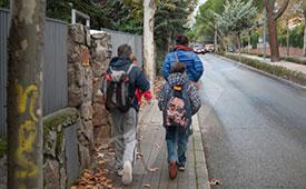 La Policía local de Torrelodones controla el absentismo escolar