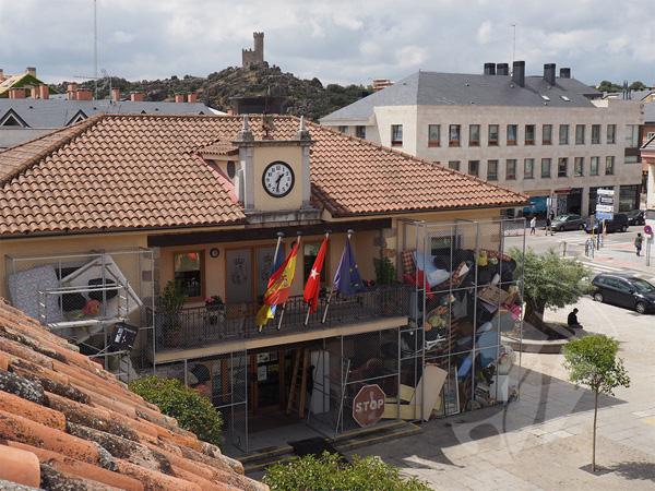 """Vecinos por Torrelodones quiere aprobar un contrato de basuras que """"esquiva"""" la nueva ley"""
