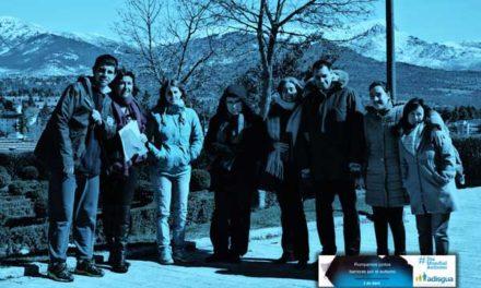 Adisgua ilumina de azul la Torre de Guadarrama en apoyo al autismo
