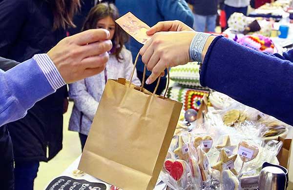 El Ayuntamiento de Las Rozas informa sobre los derechos del consumidor