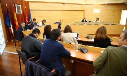 """El alcalde de Las Rozas reivindica """"el cambio"""" solo con PP y no adscritos"""