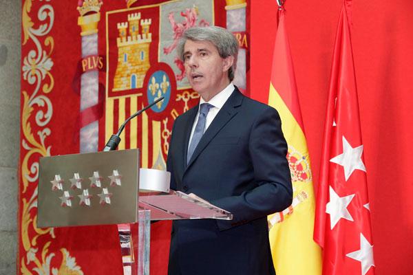 Ángel Garrido presidirá un Gobierno formado por cinco hombres y cuatro mujeres