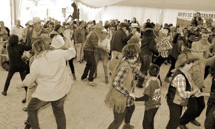 Festival de música country en Hoyo