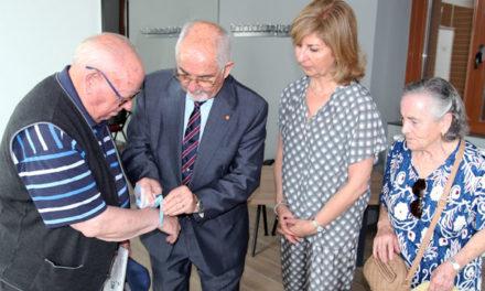 Enfermos de Alzheimer en Galapagar contarán con pulseras de emergencia