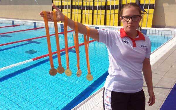 Camino Martínez de la Riva continúa haciendo historia en natación