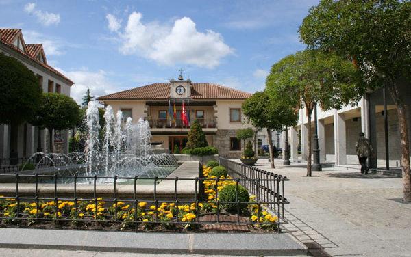 Luz y taquígrafos en el Ayuntamiento de Torrelodones