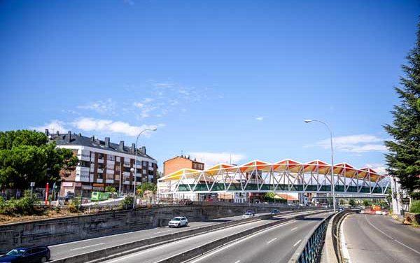 La pasarela sobre la A-6 unirá La Marazuela y la estación de Las Rozas con la plaza de Madrid