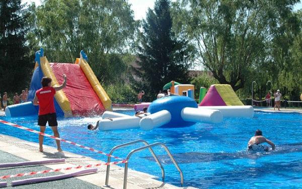 Sale a concurso la gestión del centro de natación de Guadarrama
