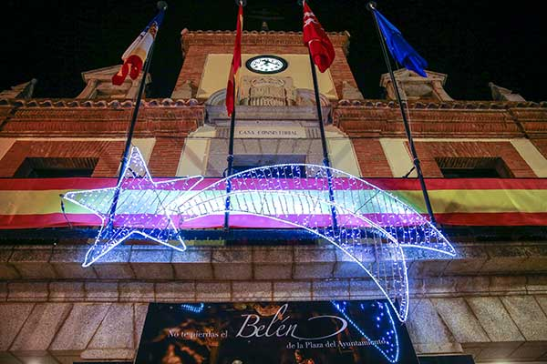 La Navidad llega a Las Rozas con el encendido de la iluminación y el Nacimiento