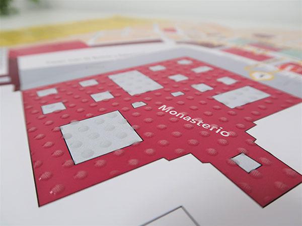 Un mapa turístico en sistema braille para recorrer San Lorenzo