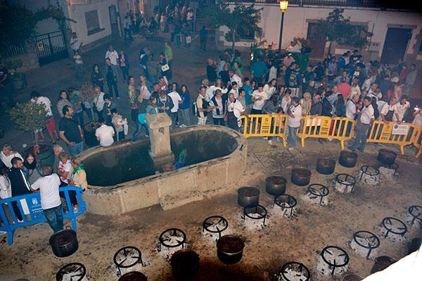 La Fiesta de la Caldereta puede ser una de las 7 mejores fiestas de España