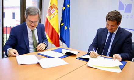 El Ayuntamiento de Las Rozas firma un convenio con Iberdrola para el soterramiento  de los cables aéreos de suministro