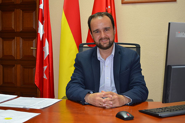 El alcalde de Guadarrama asume las áreas de Seguridad, Urbanismo y Obras