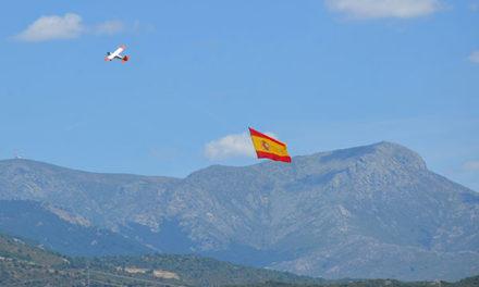 Vuelos y exhibición de maquetas en el cielo de Guadarrama