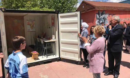 "Alumnos del IES Guadarrama inauguran ""The cube Project"""