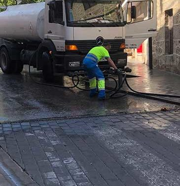 Campaña de limpieza intensiva en las calles de Collado Mediano