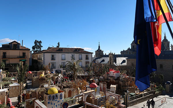 Con la inauguración del Belén monumental arranca la Navidad en San Lorenzo