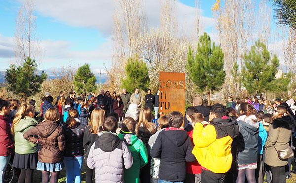 Los escolares y la Corporación celebran la Constitución española en Torrelodones