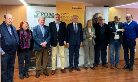 Vargas Llosa gana el premio Francisco Umbral