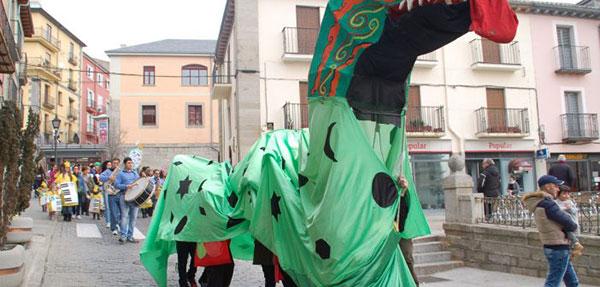 Carnaval en San Lorenzo: Gran Pasacalle y fiesta infantil