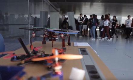 Los alumnos del IES Diego Velázquez de Torrelodones participan en la Feria Aérea