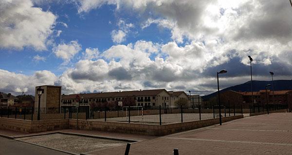 La Comunidad firma la cesión de la parcela para el centro de salud de Guadarrama