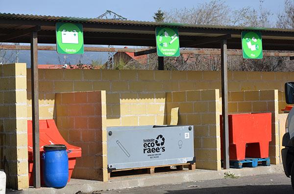 Se reinicia el servicio de recogida en el punto limpio de Guadarrama