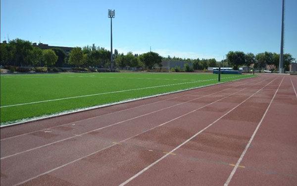 La pista de atletismo de la Ciudad deportiva de Collado Villalba abre con cita previa