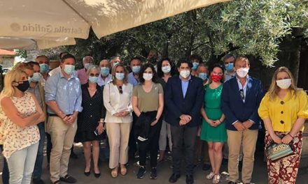 Alcaldes y portavoces del PP en la Sierra de Guadarrama se reúnen con Díaz Ayuso