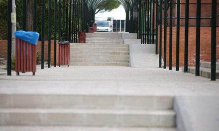 Se cubrirán las pistas deportivas de cinco colegios de Las Rozas