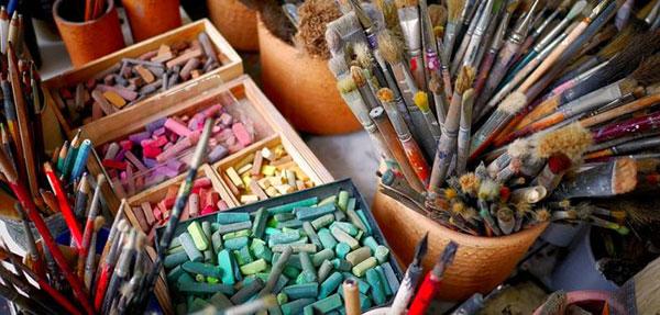 San Lorenzo oferta talleres de artes plásticas para niños y adultos en verano