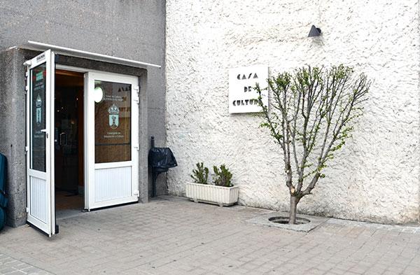 La Concejalía de Cultura de Guadarrama abre solicitudes para los espacios de cursos y talleres