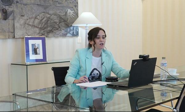 Díaz Ayuso garantiza que la Comunidad defenderá la libertad de elección educativa