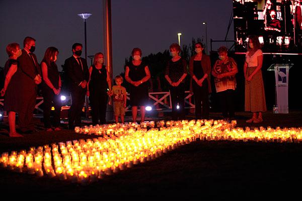 Homenaje a víctimas, héroes y voluntarios de la pandemia en Las Rozas