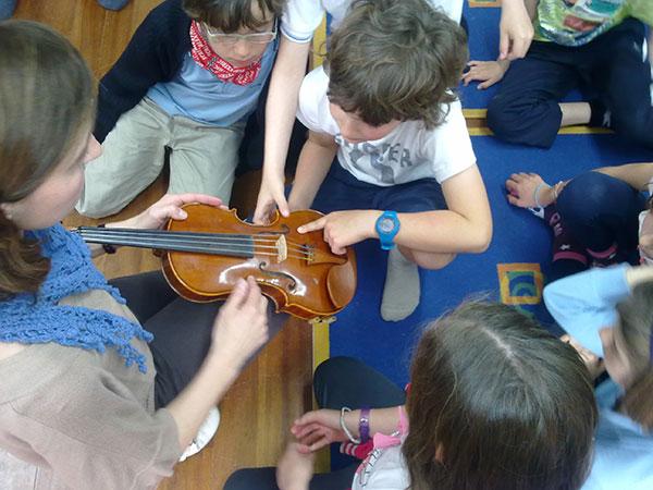 La Escuela de Música y Danza de San Lorenzo oferta enseñanza presencial y online