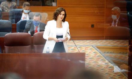 Ochenta alcaldes del PP respaldan la gestión autonómica
