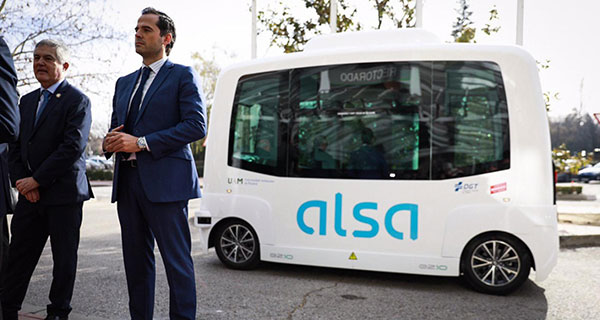 Buses sin conductor para el transporte universitario
