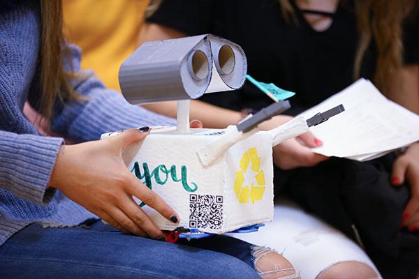 El colegio Siglo XXI participará en el DigiCraft en tu cole, un programa de formación en competencias digitales