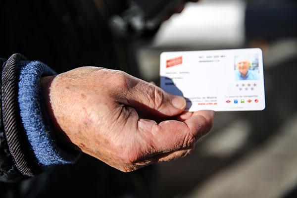 El abono transporte anual será gratuito para los mayores de Las Rozas