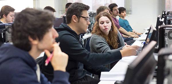 La U-tad ofrece una máster class para analizar la relación de los superhéroes y la física