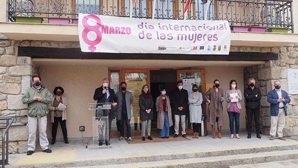 Torrelodones celebra el 8M con homenaje a las heroínas de la igualdad en tiempos de Covid