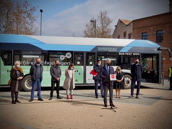 Un autobús de hidrógeno realizará el trayecto entre Las Rozas y Madrid