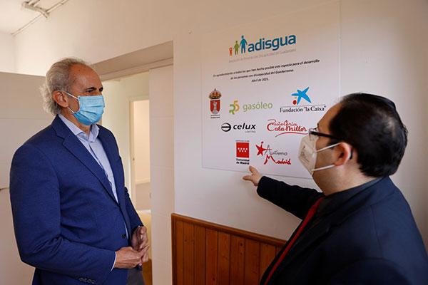 Ruiz Escudero visitó las instalaciones de Adisgua, en Guadarrama
