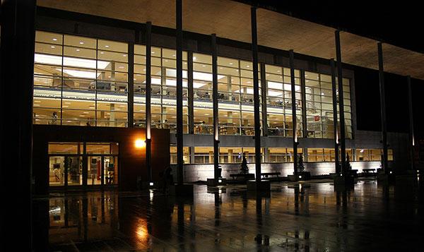 Las Bibliotecas municipales de Collado Villalba otorgan el Premio al Socio de Honor