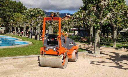 Guadarrama mejora la pavimentación en los paseos del parque municipal