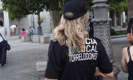Identificados los jóvenes que rompieron lunas de coches en Torrelodones