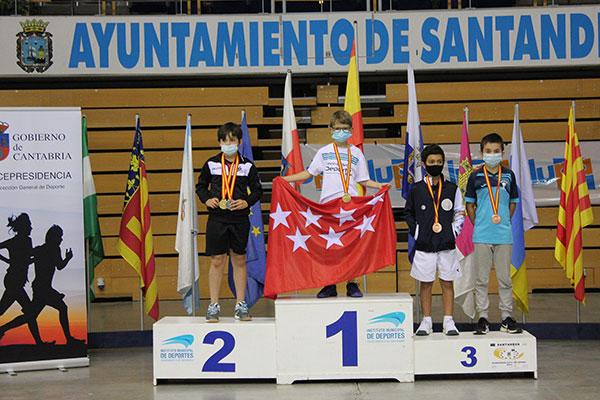 El guadarrameño Pablo Sanz, campeón de España de bádminton sub11
