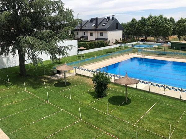 El Escorial: Abre la piscina municipal de Navaarmado con cita previa