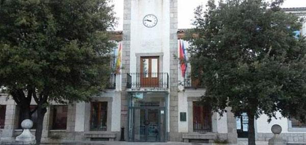El PSOE presenta una moción de censura en El Escorial